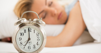 Fotolia Woman sleeping - Mid&Plus