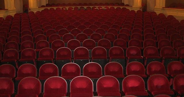 Midetplus-Femmes Théâtre