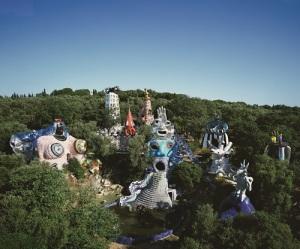 """Vue du """"Jardin des Tarots"""" créé par Niki de Saint Phalle à Garvicchio, en Italie © Laurent Condominas"""