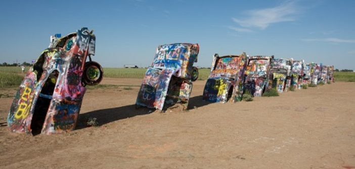 ©wikipedia- Cadillac Ranch-