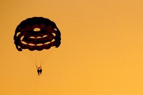 DR-Parachute diré-Midetplus