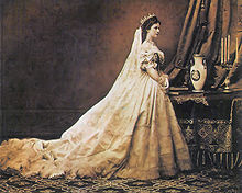 ©Photograph of Elisabeth as Queen of Hungary (by Emil Rabending, 1867)