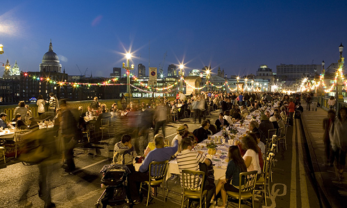 ©Tim Mitchell-Feast on the bridge-Totally Thames