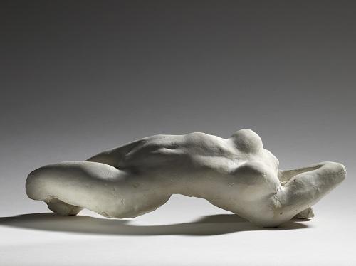 Auguste Rodin, Torse d'Adèle, 1882, plâtre ; 13,3 x 44,6 x 18,9 cm, Paris, musée Rodin. Donation Rodin, 1916 © Musée Rodin (photo Christian Baraja)