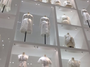 ©Mid&Plus - Exposition Dior