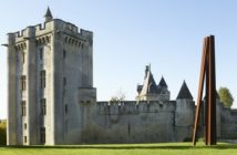 Le Donjon de Vez, entre collection d'art contemporain et jardin remarquable