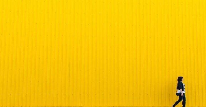 Le jaune, couleur contrastée