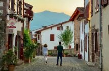 Mon village au pied des cols : Saint Jean Pied de Port